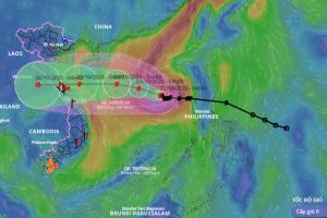 Bão số 8 đang giảm cấp, đổ bộ vào các tỉnh từ Hà Tĩnh đến Quảng Trị