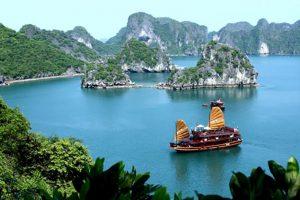 Đặt mục tiêu doanh thu 4.500 tỷ, Quảng Ninh dốc toàn lực phục hồi du lịch