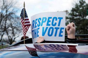 Thế giới tuần qua: Nhà Trắng không thừa nhận kết quả bầu cử, loạt nước tiêm đại trà vaccine Covid-19