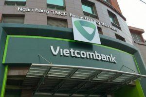 Vietcombank lãi lớn từ hoạt động dịch vụ trong quý IV, nợ xấu vẫn còn 5.229 tỷ đồng