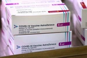Trưa nay (24/2), lô vaccine COVID-19 AstraZeneca đầu tiên về đến Việt Nam