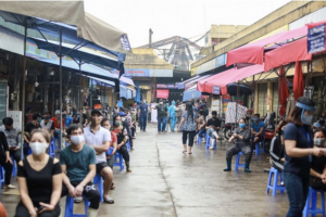 Thủ tướng đồng ý có thể áp dụng giãn cách xã hội đối với một số khu vực tại Hà Nội và TP. HCM