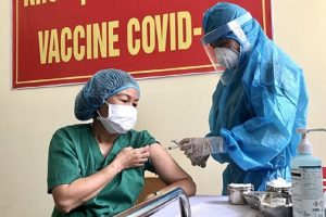 Hơn 48.200 người đã tiêm vắc xin COVID-19