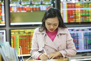 Điểm tin mua bán cổ phiếu tâm điểm ngày 10/5/2021: VGT, BVG, TVB, VSC