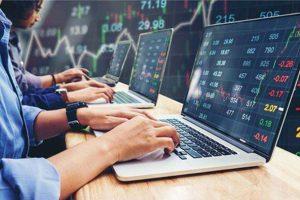 VN-Index đảo chiều, cổ phiếu HPG và VPB bị khối ngoại bán ròng rất mạnh