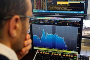 Khối ngoại giảm bán, cổ phiếu HPG rời top bán ròng mạnh phiên 18/5