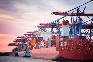 Những mặt hàng Việt Nam nhập khẩu nhiều nhất tháng 4/2021