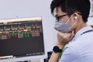 Thanh khoản 'mất hút', VN-Index giảm nhẹ xuống mốc 1.270 điểm