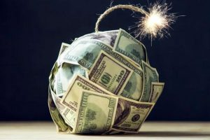 """Cảnh báo nguy cơ vỡ """"bom nợ"""" trái phiếu, đặc biệt ở nhóm bất động sản"""