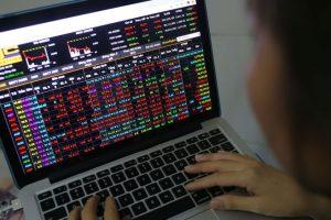 Kịch bản nào cho thị trường chứng khoán quý IV/2021?