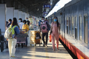 Mở lại hoạt động vận tải hành khách bằng đường sắt từ ngày 13/10